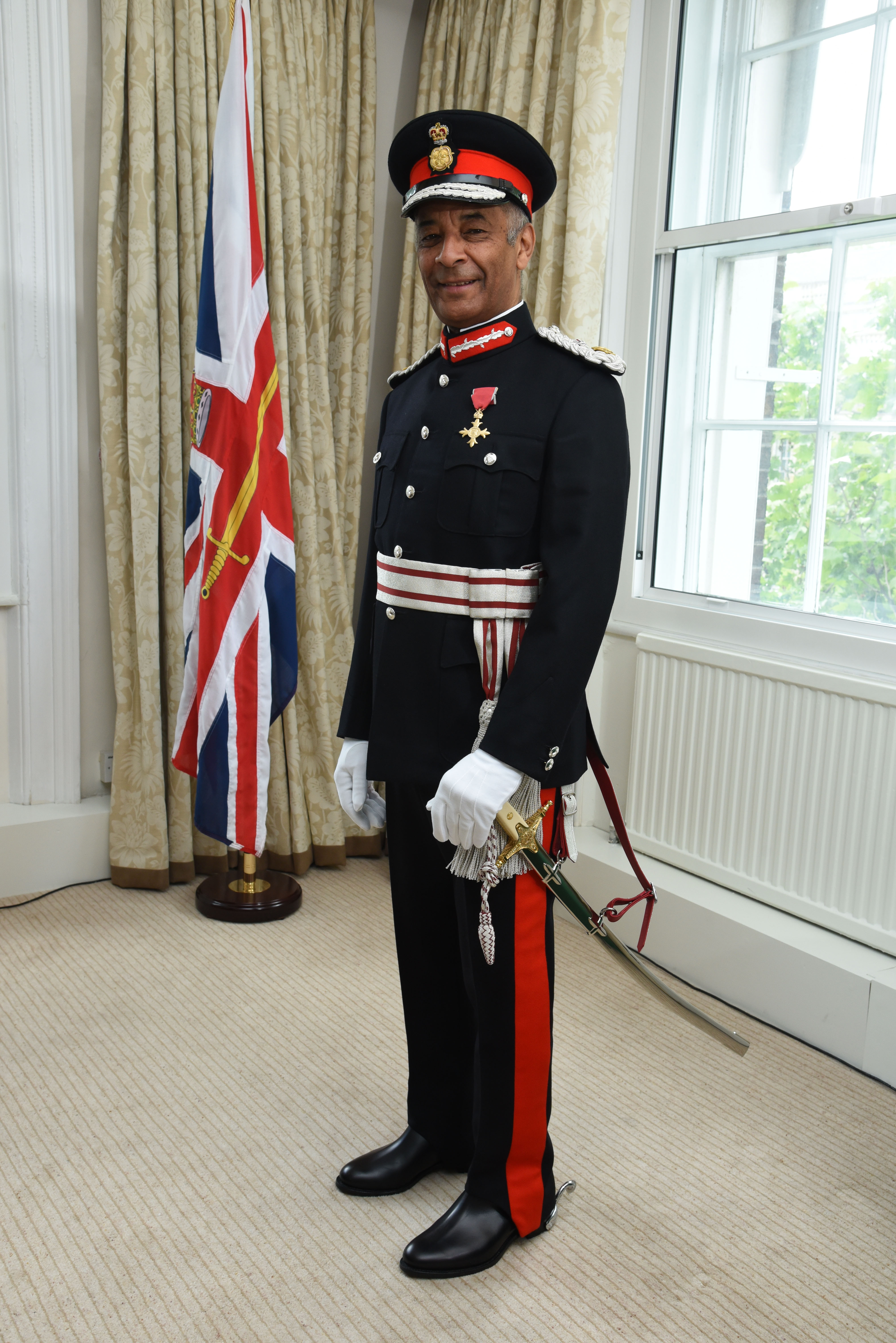 How to write to a lord lieutenant
